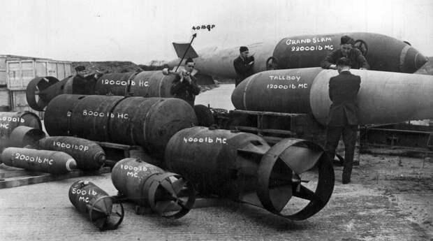 Британские авиабомбы периода Второй мировой - «Большой хлопок» Барнса Уоллеса   Военно-исторический портал Warspot.ru