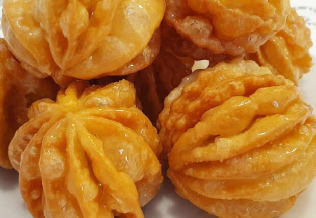 Чак-чак тает во рту: жарим тесто в сахаре с медом