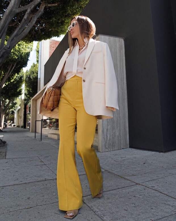 С чем стильно носить блузки летом: 10 ярких и незабываемых вариантов
