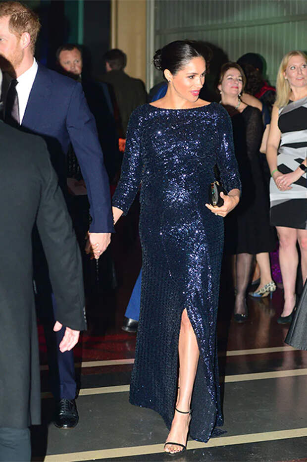 Меган Маркл в платье Roland Mouret