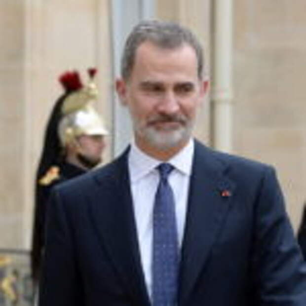 Король Испании Филипп VI отказался от наследства из-за скандала вокруг отца