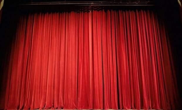 В польском театре покажут пьесу по книге Гитлера Mein Kampf
