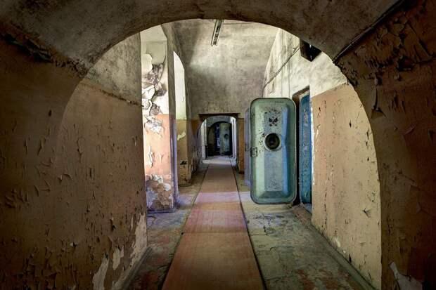 Эстония, тюрьма Patarei.