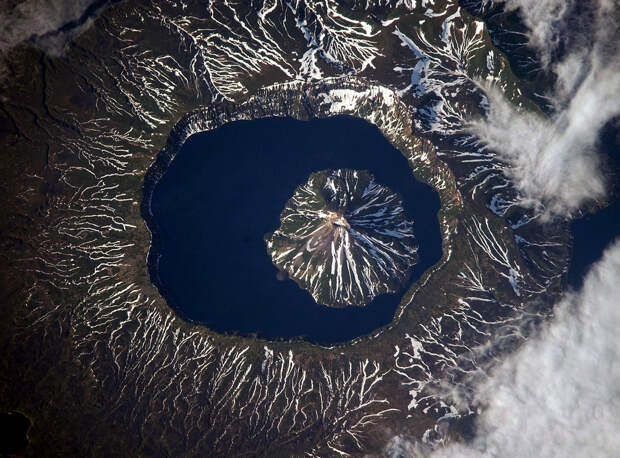 Фото:  Image Science & Analysis Laboratory, NASA.(http://eol.jsc.nasa.gov/)