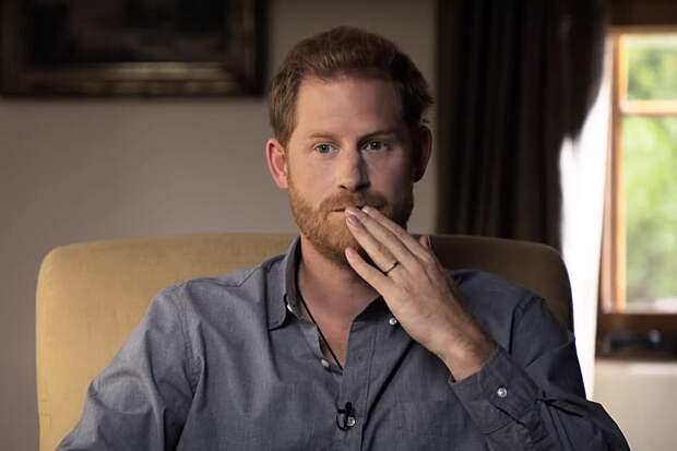 Источник во дворце раскрыл причину ссоры принца Гарри с семьёй