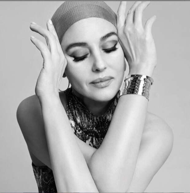 «Жизненная позиция»: в чем секрет красоты неувядающей Моники Беллуччи