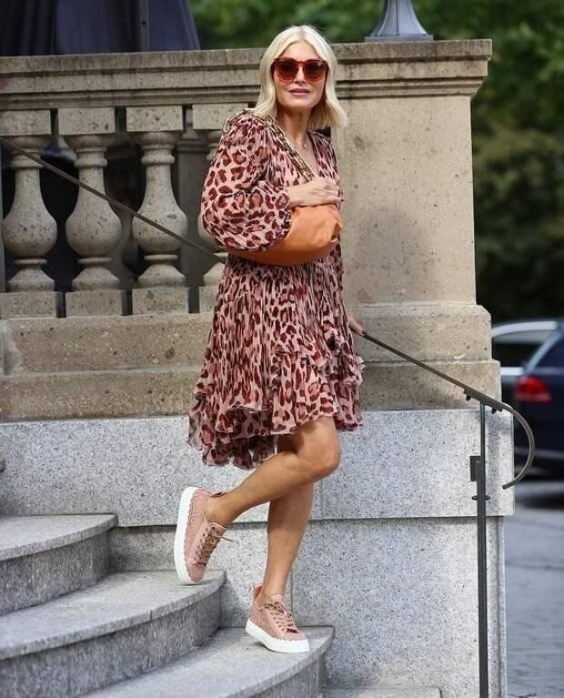 15 модных платьев для женщин зрелого возраста
