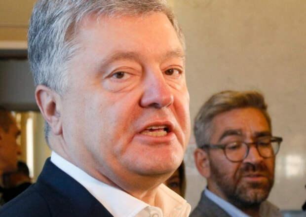 Азаров: Порошенко всегда занимался рэкетирством и отжимом предприятий