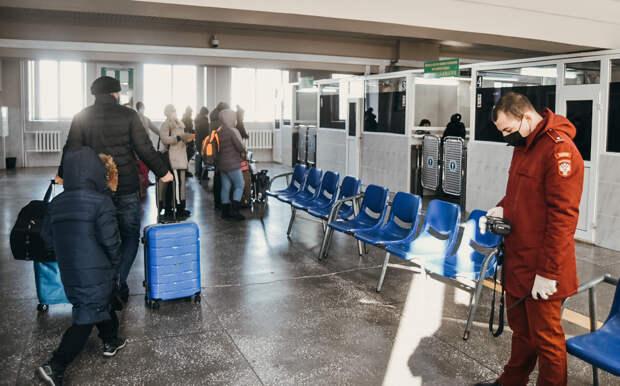 Подальше от коронавируса: из Китая в Благовещенск через временно открытую границу вернулись порядка 200 россиян