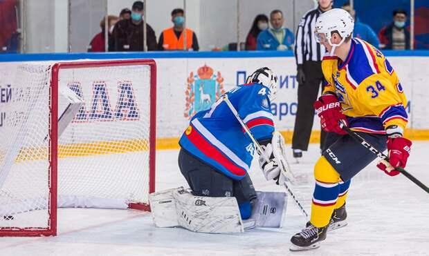 Крутой буллит российского хоккеиста Шалагина. Он забросил шайбу без броска, повторив «финт Кучерова»