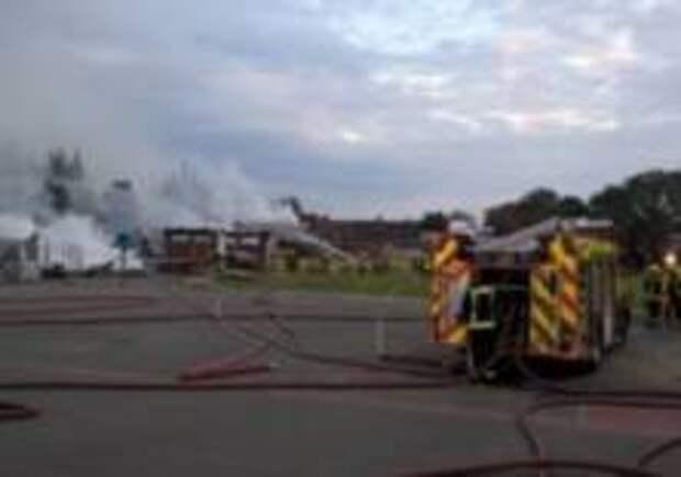 В  школе на востоке Лондона произошел пожар