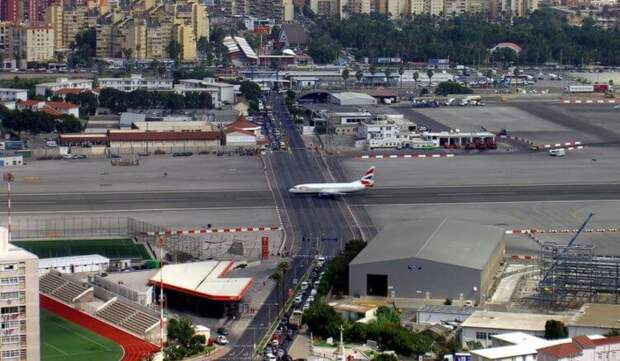 7 самых необычных аэропортов планеты