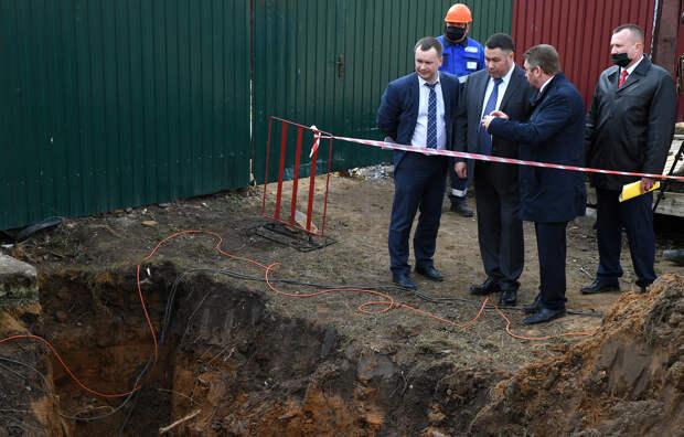 Игорь Руденя и Дмитрий Кобылкин обсудили с сельскими жителями Тверской области обеспечение доступности подключения газа