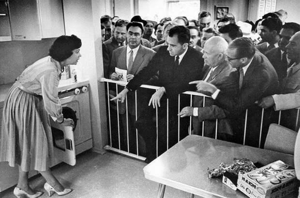 Американская выставка в СССР, налог на роботов и рейтинг по расчленениям
