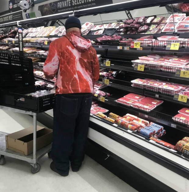 Самый большой поклонник мяса. | Фото: Reddit.