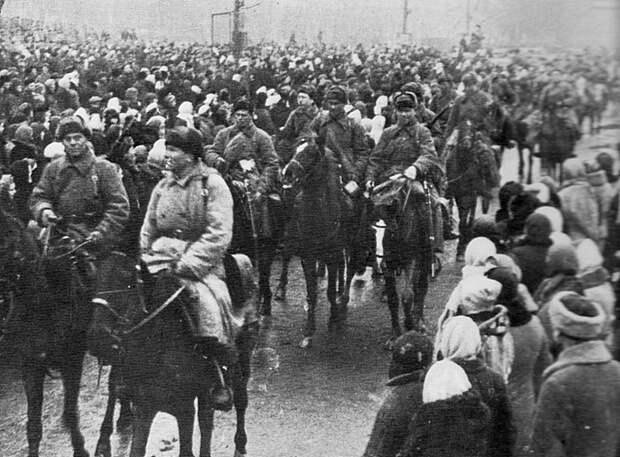 Советские кавалеристы на марше СССР, война, история