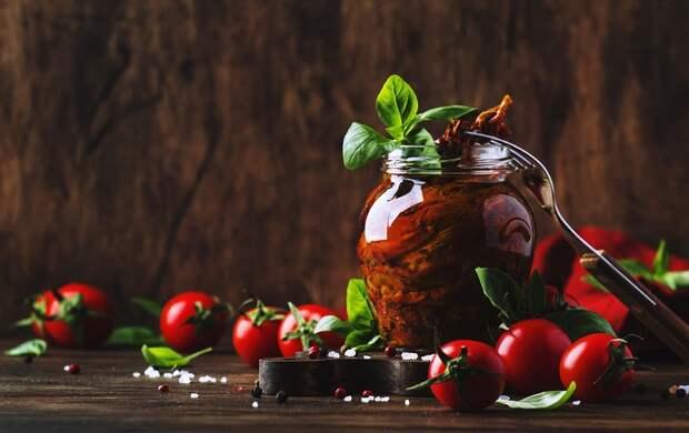 Самый простой способ приготовить вяленые помидоры