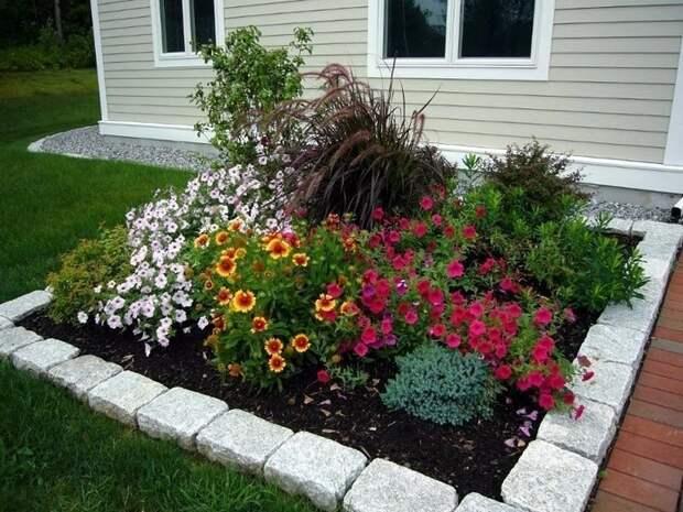 Дизайн цветников в частном дворе: 60 ландшафтных идей