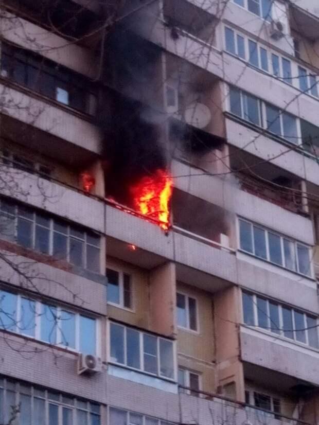 МЧС по СЗАО информирует: пожары в жилом секторе чаще всего возникают из-за неосторожного обращения с огнем