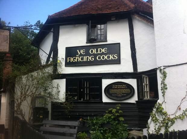 Очень много старых зданий по всей Англии. Тут стараются сохранить историю. Недавно я была в самом старом Пабе Британии.  иммиграция, путешевствие, факты