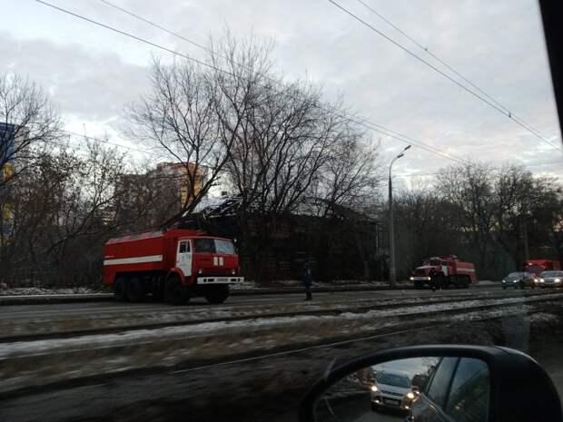 Из горевшего на улице Ленина барака в Ижевске спасли мужчину