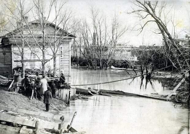 1928. Затоплен Воскресенский сквер и Марьина роща. история, ретро, фото