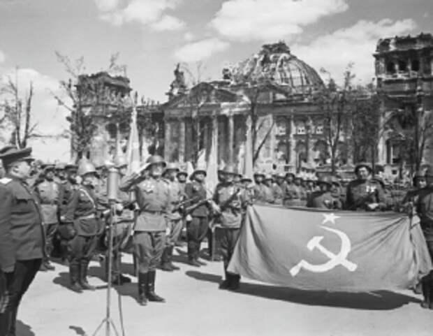 Во время уличных боев в Берлине нужно было лишить противника возможности собрать свои силы в кулак