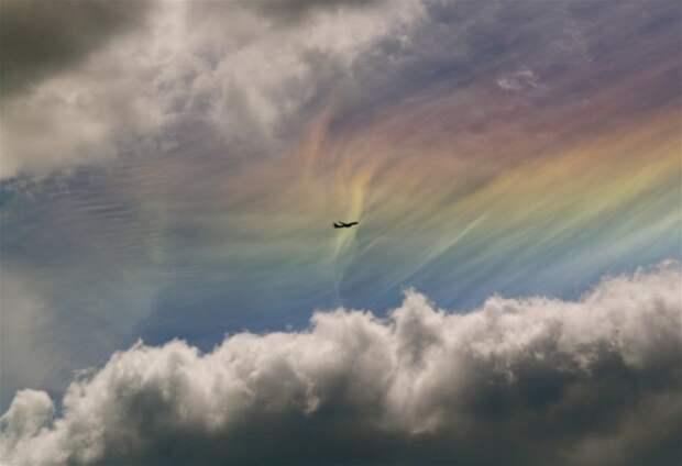 8 волшебных фото редкого природного явления – радужных облаков
