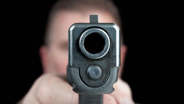 Неизвестный расстрелял семью в Краснодаре