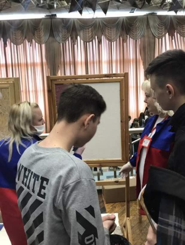 ГАЛА-КОНЦЕРТ ЛУЧШИХ НОМЕРОВ ХУДОЖЕСТВЕННЫХ КОЛЛЕКТИВОВ.