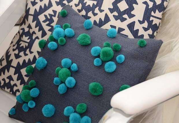 Помпоны - шарики тепла (подборка)
