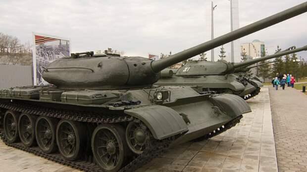 Канадцы включили советские танки в список самой массовой военной техники в истории