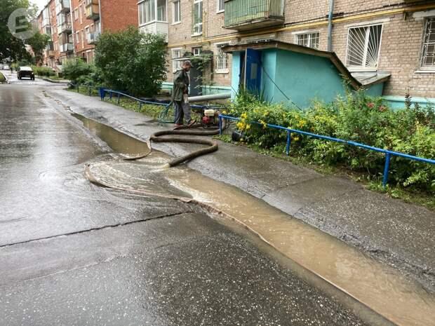 Две ливневки на проблемных участках в Ижевске реконструируют в этом году