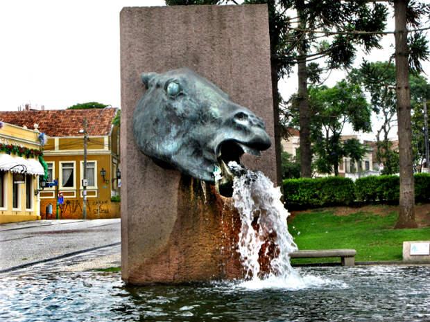 Архитектура: 17 странных скульптур со всего мира, которыми едва ли можно гордиться