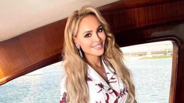"""Анна Калашникова рассказала, как стала """"жертвой"""" женщины-психолога"""