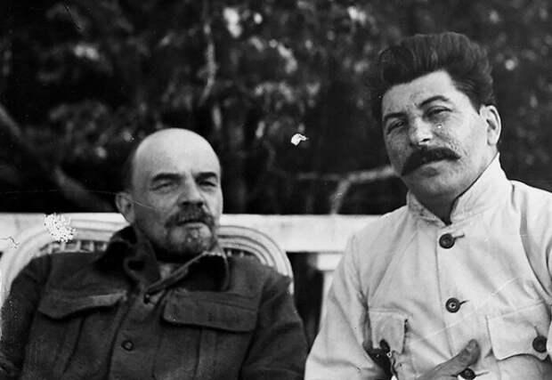 Почему не похоронили Владимира Ильича, и Чей культ личности был сильнее Ленина или Сталина