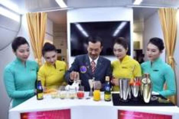 Попробуйте Вьетнам на вкус с одним из фирменных напитков Vietnam Airlines