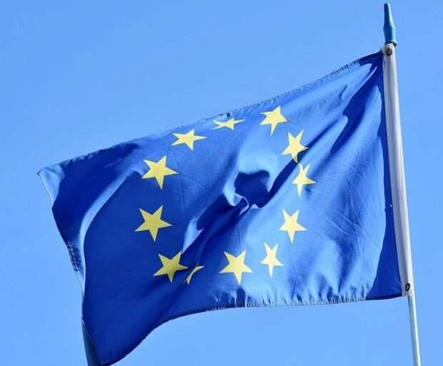ЕС вводит санкции против 40 высокопоставленных белорусов, у Лукашенко еще есть шанс избежать