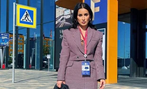 Канделаки вступилась за посетительниц ПМЭФ, которых высмеяла Собчак