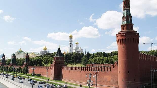 Минтруд РФ: майские праздники не будут делать длинными на постоянной основе