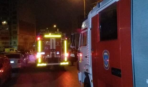 ВКазани ночью экстренно эвакуировали жителей высотки из-за пожара
