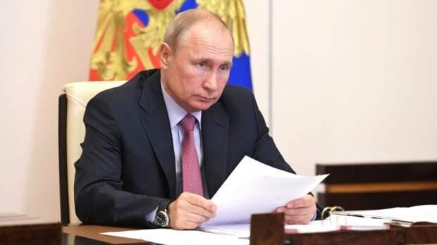Путин не собирается уходить в полноценный отпуск этим летом