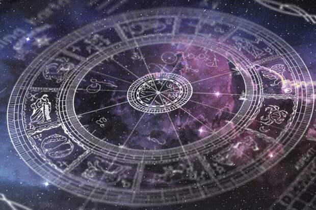 Известный астролог Володина составила прогноз для россиян