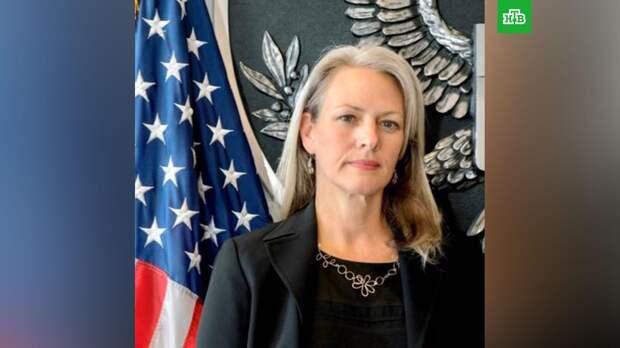 СМИ: Россия решила выслать пресс-секретаря посольства США