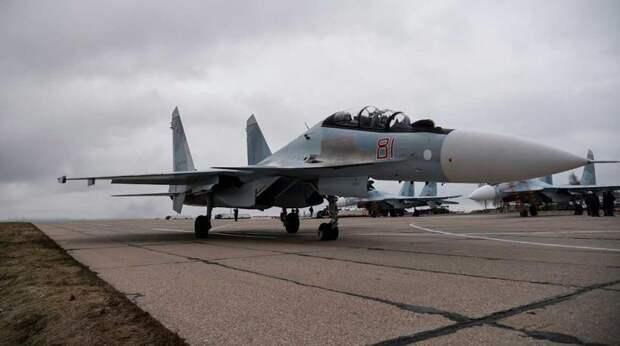Российский Су-30 проследил за секретной операцией НАТО над Черным морем