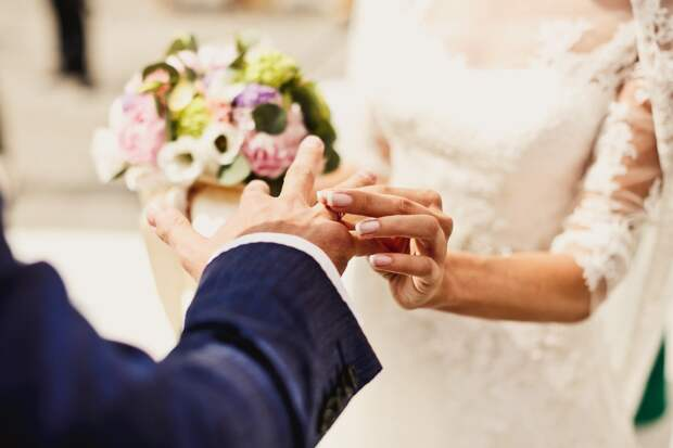выходить ли замуж за бедного