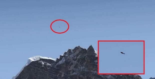 Над Эверестом летают НЛО