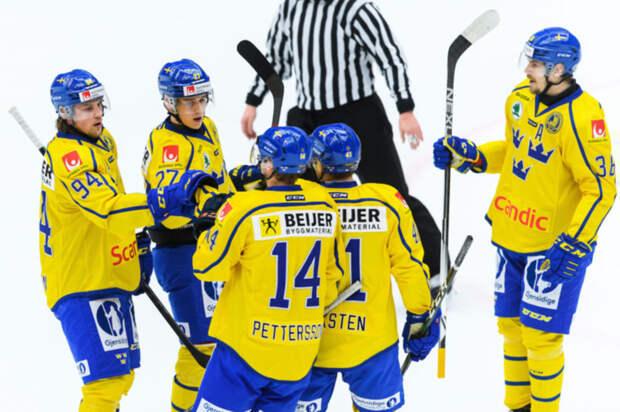 Швеция одолела Финляндию в последнем матче группового этапа Евротура