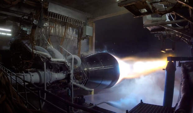Угрожает ли новый двигатель Илона Маска российскому РД-180?