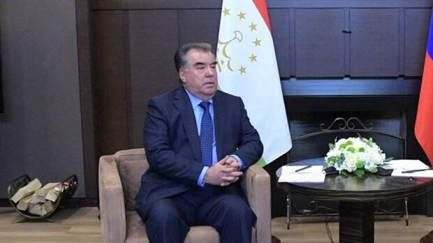 Таджикистанский президент планирует прибыть в Москву на парад Победы